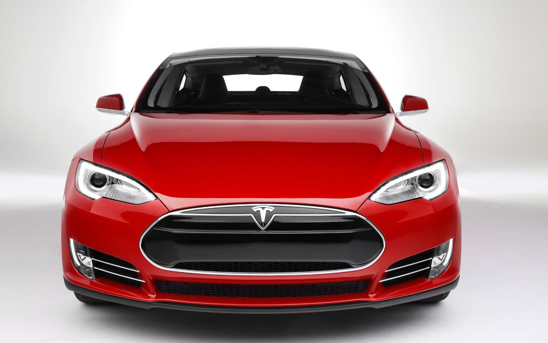 Vårt 6:e bilmärke som skadeverkstad – Tesla